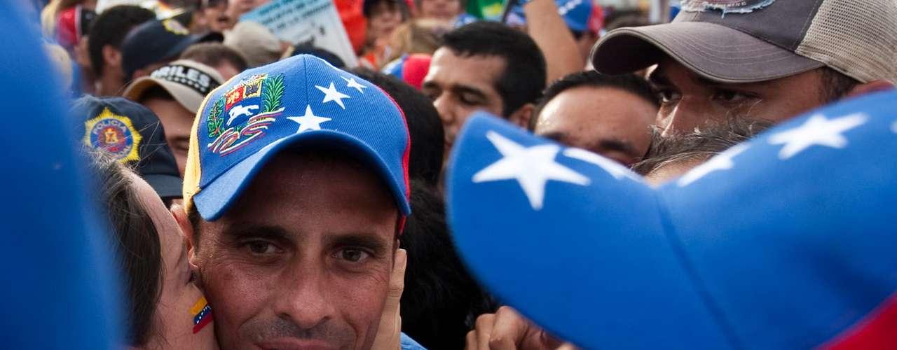 Desde el inicio de su campaña, Capriles ha buscado evitar la confrontación con Chávez y el radicalismo, aspecto promovido constantemente por el actual mandatario, que ha tildado a su rival de \
