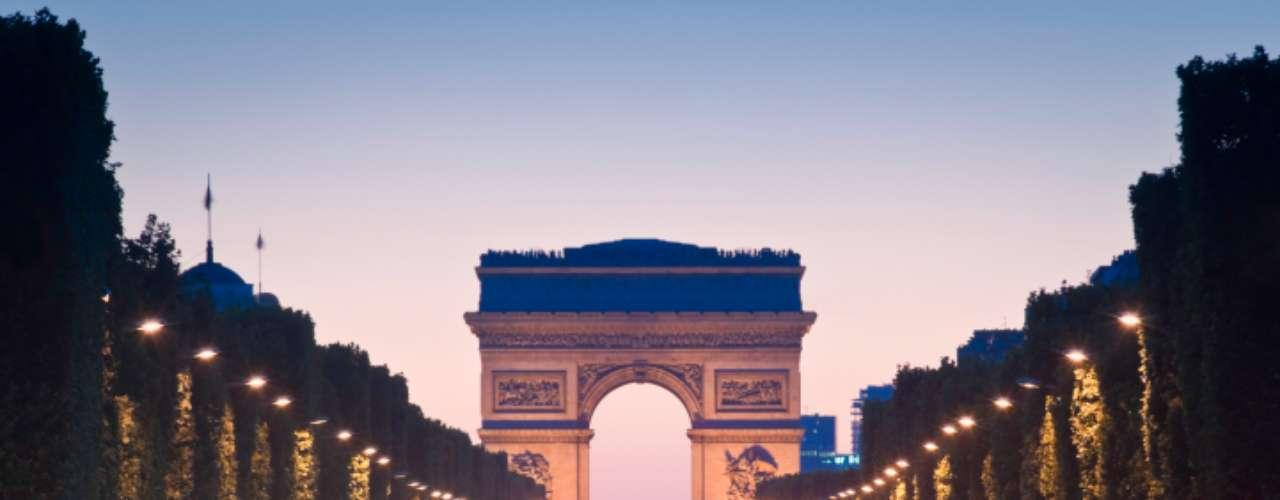En contraste, las ciudades de Europa occidental en general gozan del menor número de horas de trabajo diario -con París, Lyon (Francia) y Copenhague a la cabeza- y del mayor número de días remunerados de vacaciones.
