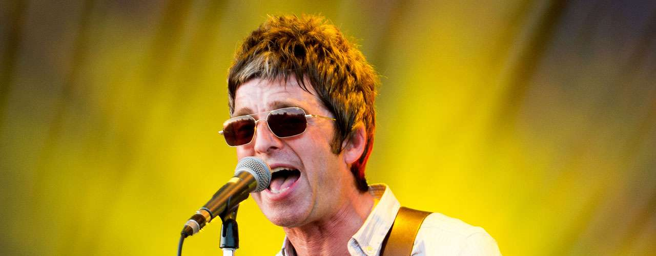 9.- Noel Gallagher founded Oasis and his songwriting made him a legend. Now he continues to rule in his new project, 'Noel Gallagher's High Flying Birds'.