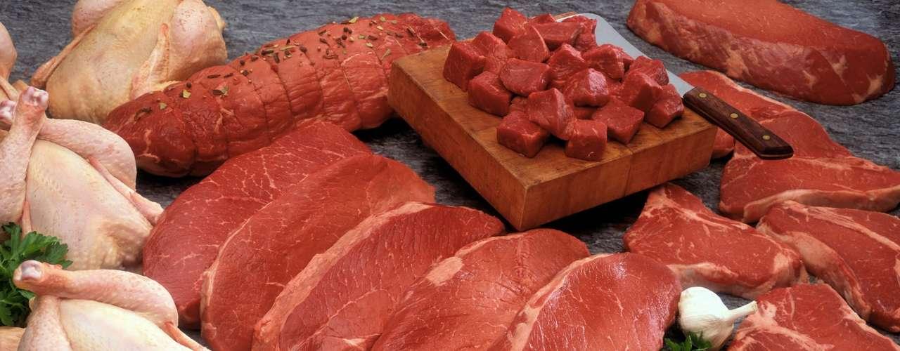 De acuerdo con Andrea Santa Rosa, miembro de la Sociedad Brasileña de Nutrición Funcional, algunos alimentos también pueden influenciar. \