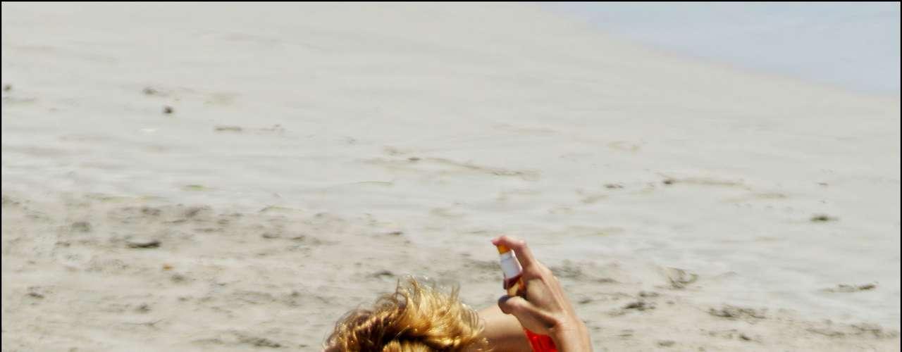 La vedette Marlene Morreau también fue protagonista de otro de los topless del verano de 2007. Estas imágenes pertenece a sus vacaciones en Ibiza, uno de los destinos favoritos de muchos de nuestros famosos nacionales e internacionales.
