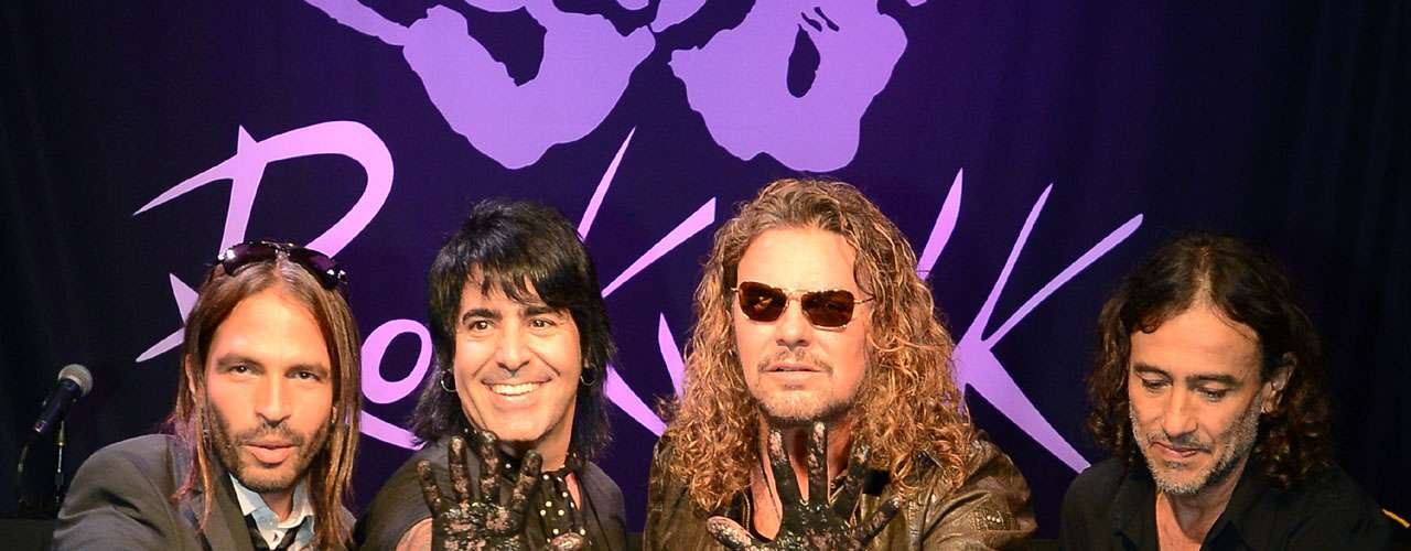 El RockWalk pertenece a la tienda Guitar Center de la metrópoli angelina que el cuarteto visitaba para comprar sus guitarras.