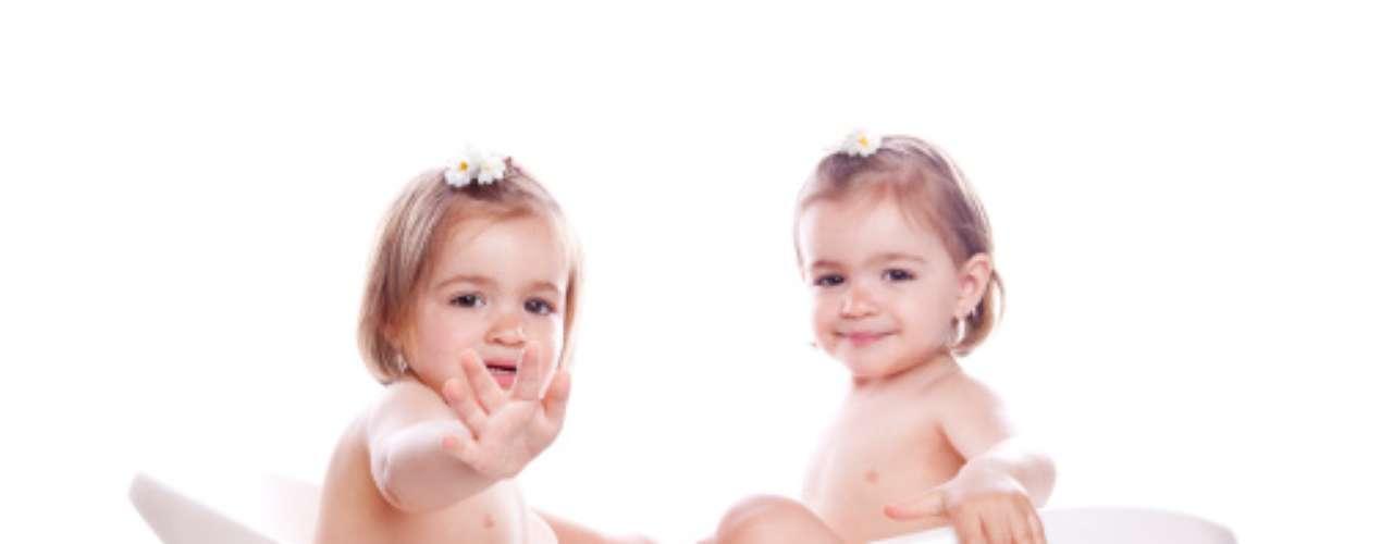 Algunos expertos dicen que la tendencia es preocupante, ya que los partos múltiples son más peligrosos para la madre y los hijos. Estos tienden a nacer prematuramente, ser más pequeños y débiles y requerir más cuidados