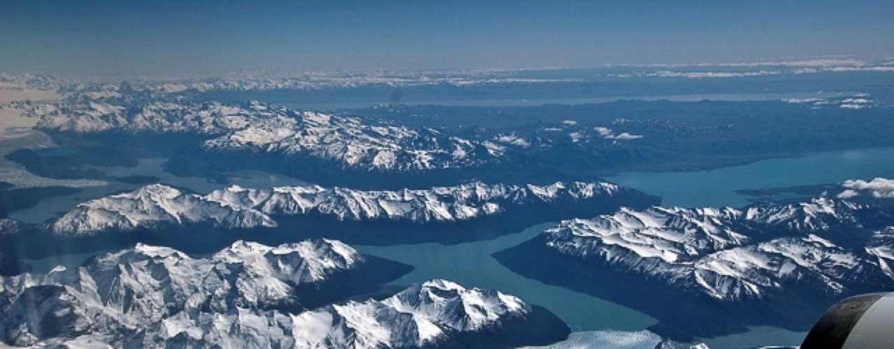 Los expertos también coincidieron en criticar que actualmente el Ártico es visto por la comunidad internacional como una \