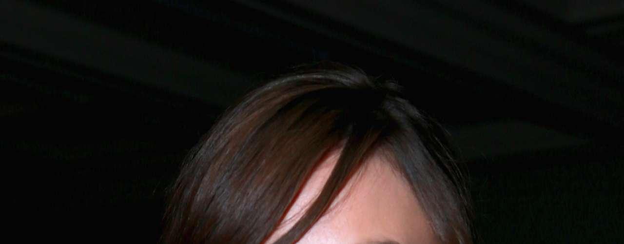 Un estudio que apareció en la publicación médica americana 'Clinical Plastic Surgery' afirma que las mujeres en la actualidad prefieren cejas gruesas y con un arco muy bajo. Aquí Keira Knightley con el tipo de cejas favoritos.