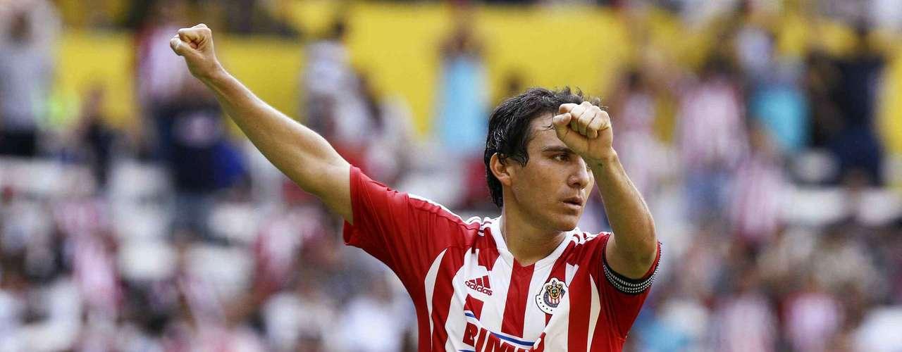 Luis Pérez podría reaparecer ante los Pumas y su aporte puede ser fundamental para las Chivas
