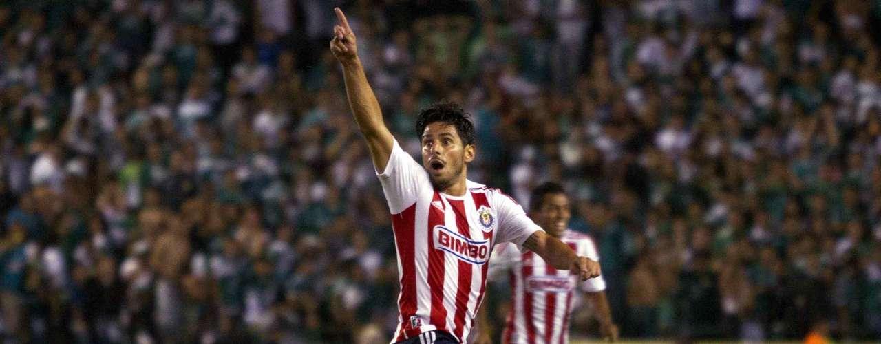 Rafael Márquez puede ser el héroe del partido si lograr ser contundente frente al marco universitario