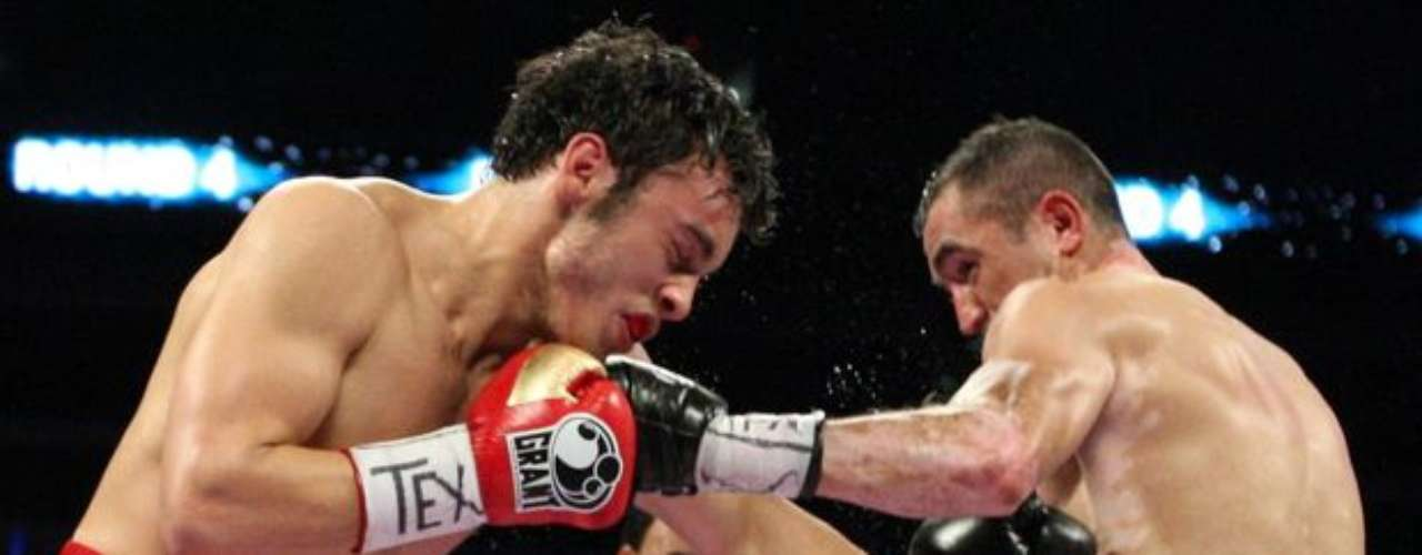 On February 4 of this year, Junior was able to avoid an anti-doping test after his fight with Marco Antonio Veneno Rubio.