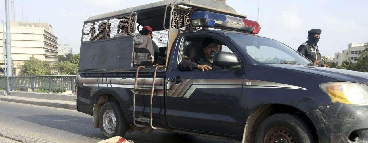 Al menos 14 personas murieron y más de un centenar resultaron heridas en las protestas que se llevaron a cabo en Pakistán por el polémico video que denigra la figura de Mahoma, según informaron fuentes policiales.