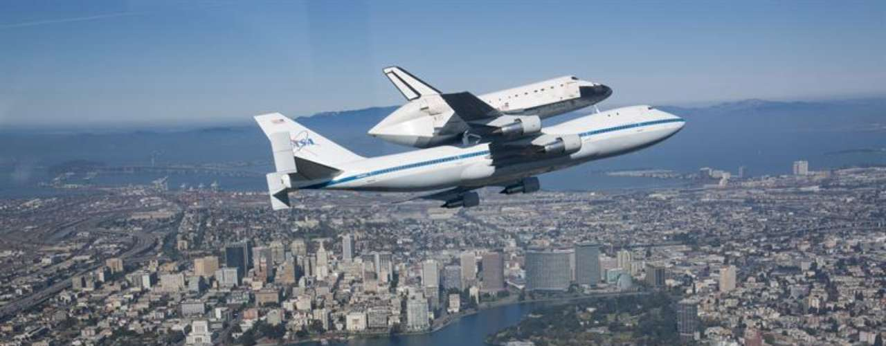 El transbordador de 88 toneladas despegó por primera vez en 1992 y hasta que cesó sus operaciones en 2011 realizó en sus 25 misiones 4.671 órbitas alrededor del planeta en 299 días, en total 197.761.261 kilómetros, una distancia superior a la que separa la Tierra del Sol.