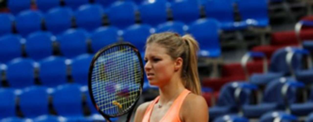 La hermosa tenista rusa nació el 25 de enero de 1987 en Moscú. Ganadora de 5 títulos de la WTA, actualmente es la Nº 14 del ranking mundial de la WTA.