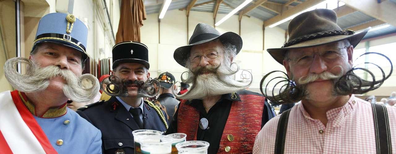 En la localidad de Wittersdorf, en el este de Francia, se ha celebrado este fin de semana el campeonato de Europa de barbas y bigotes en el que han participado alrededor de cien personas.