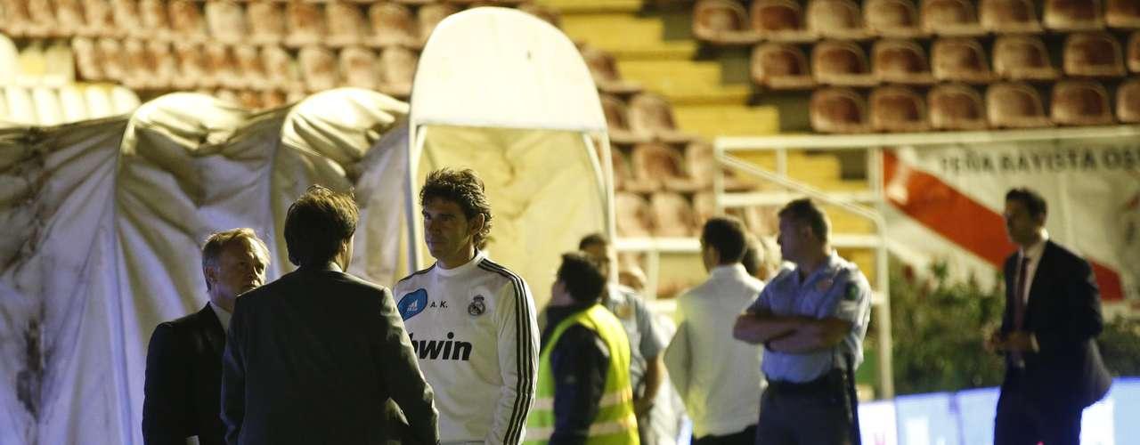 Directivos del Real Madrid llegaron a un acuerdo de posponer el partido.