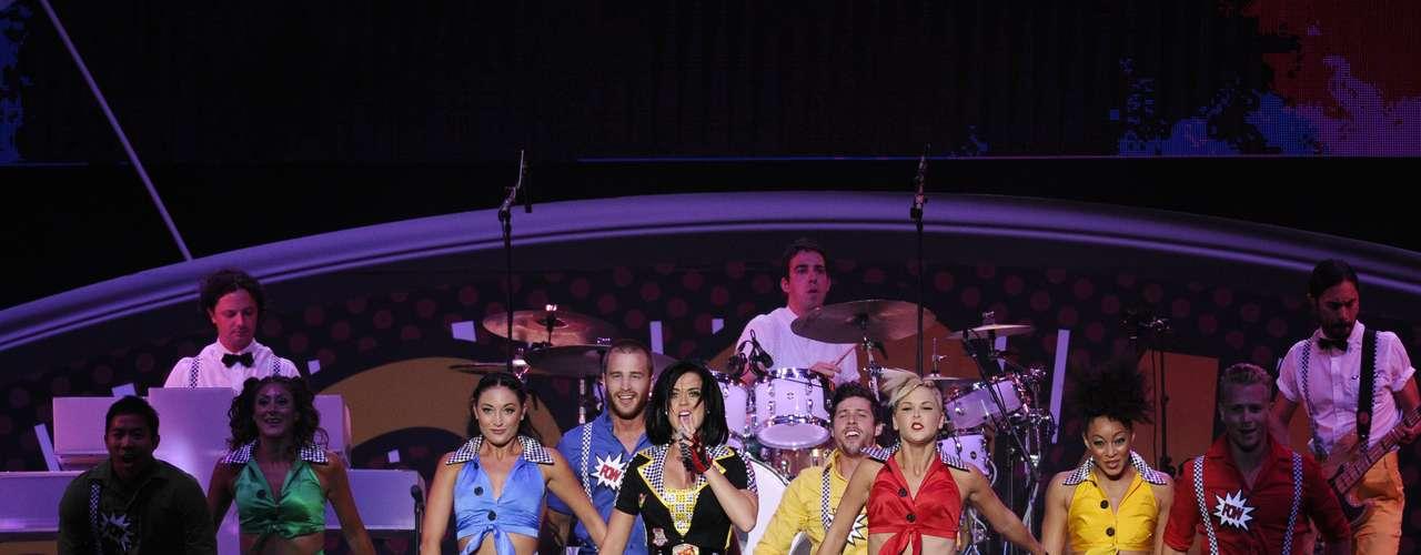 La cantante fue la encargada de ponerle sabor musical a un concierto organizado en el marco del Gran Premio de Fórmula 1 de Singapur.