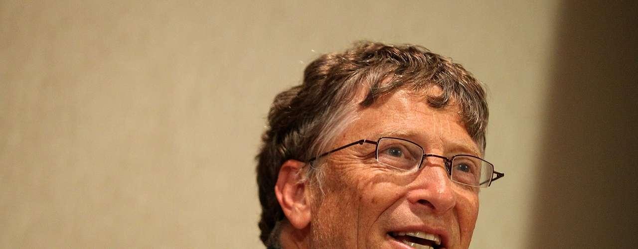 La revista Forbes enumeró a los multimillonarios de Estados Unidos. Algunos también son los más millonarios del mundo. El hombre más rico de Estados Unidos es Bill Gates, quien a sus 56 años cuenta con una fortuna de 56 mil millones de dólares. ¿Quiénes lo acompañan en este listado de \