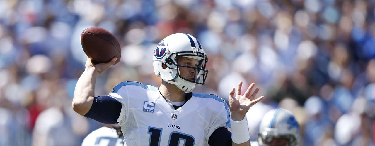 Jake Locker had the finest outing of his brief career, throwing for 378 yards and 2 TDs as his Titans outlasted the Lions 44-41 in overtime. Lokcer scored 26 fantasy points.