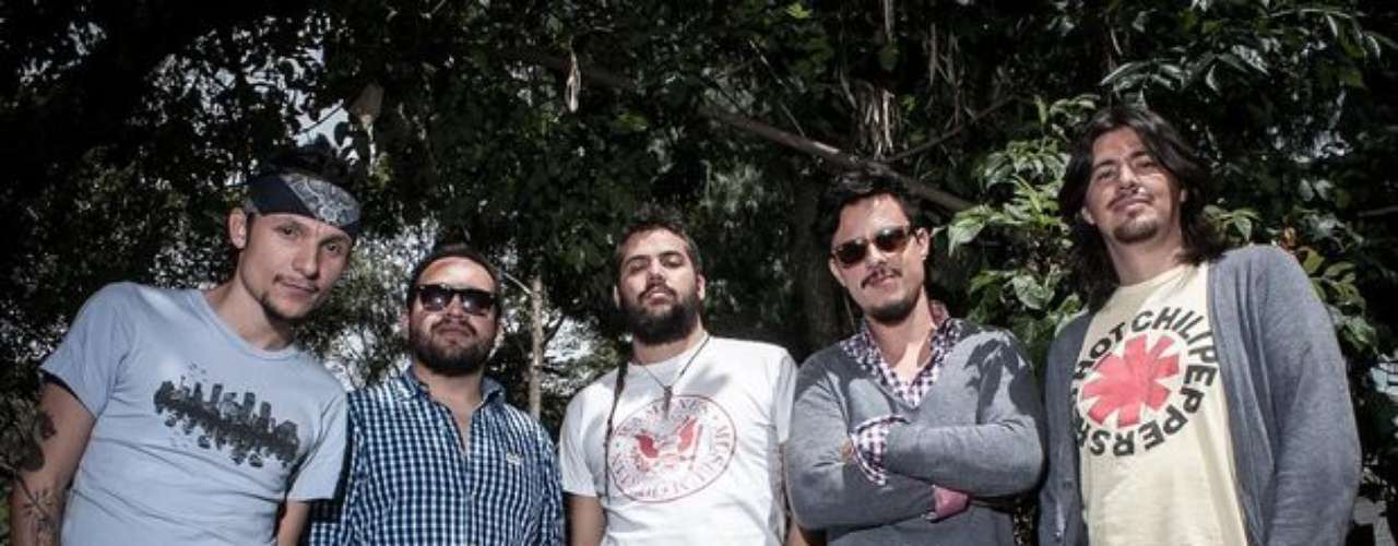 Doctor Krápula. La banda liderada por Mario Muñoz se encuentra nominada en la categoría a Mejor canción rock con 'Exigimos'.