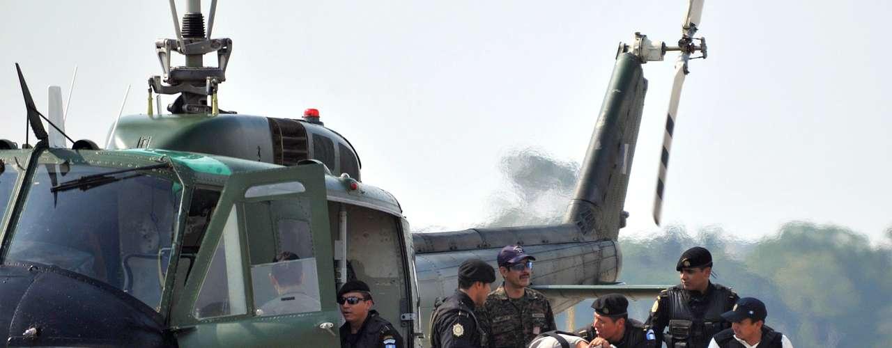 Desde 2008, cuando células de Los Zetas empezaron a operar en territorio guatemaltecos para controlar las rutas de transporte de drogas provenientes de Sudamérica, más de un centenar de sus miembros han sido capturados.