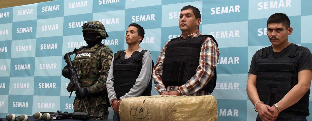 El reporte afirma que la facción de Velázquez Caballero anunció su descontento con \