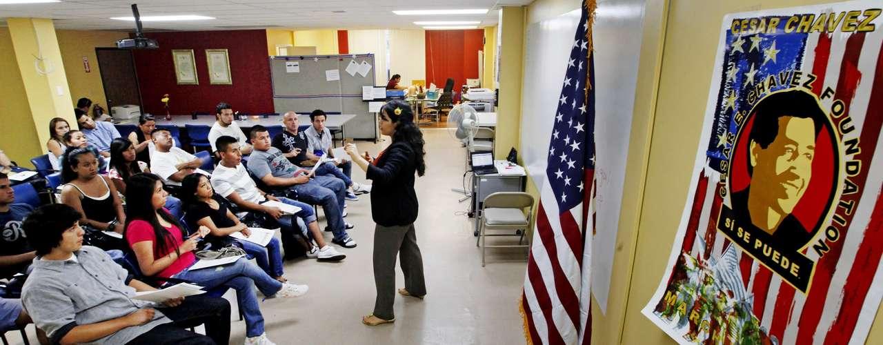 El gobierno estadounidense anunció este mes que había aprobado las primeras 29 solicitudes, de un total de 82,000 que ha recibido desde que comenzó a recibirlas el 15 de agosto.