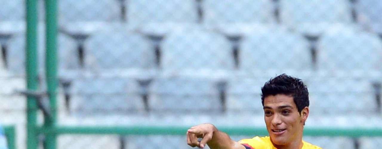 Raúl Jiménez ha lucido cuando Herrera le ha dado la oportunidad; este clásico es la oportunidad dorada para confirmar su buen momento.