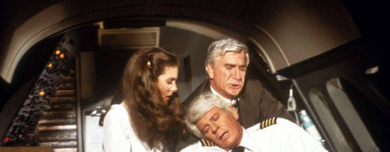 1. Airplane!: Leslie Nielsen como el Dr. Rumack es una genialidad. La cinta hace parodias de las cintas de desastres de los años 70 y según el estudio, la película provoca 3 risas por minuto, o sea, que te ríes cada 20 segundos.