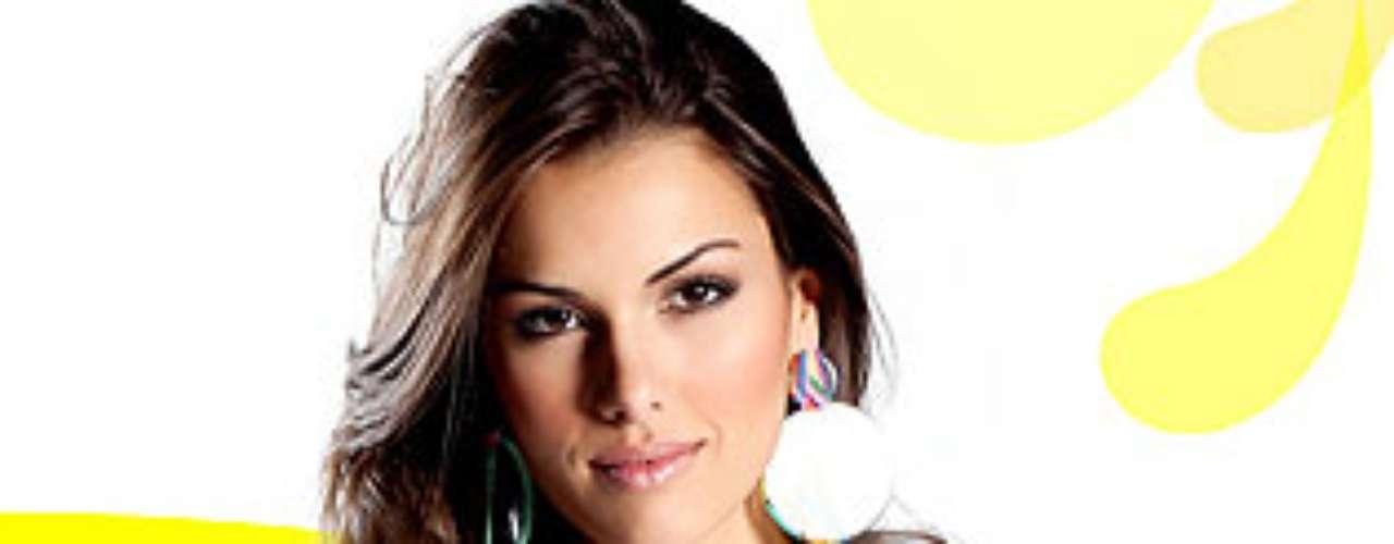 Miss Brasil - Rafaela Butarelli. Tiene 23 años y mide 1,78 metros de estatura.