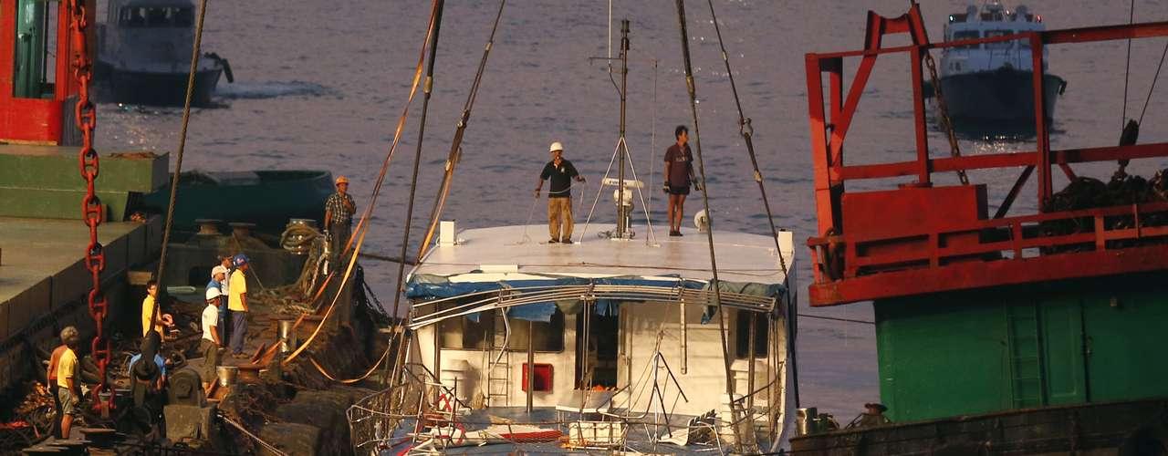 El otro ferry afectado, que regresaba a la isla de Lamma, pertenece a la empresa Hong Kong y Kowloon Ferry.