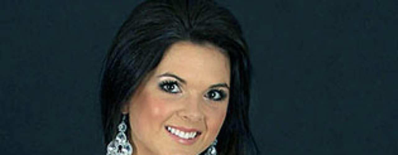 Miss Sudáfrica - Donique Leonard. Tiene 19 años de edad y mide 1.75 metros de estatura.
