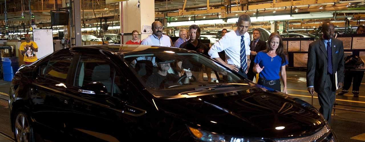 En cuanto a la economía hay discrepancias claras en los planes de Obama y Romney. El actual presidente ha demostrado que cree que el gobierno debe intervenir cuando hay alguna industria a punto de colapsar. Un ejemplo fue su estímulo a la industria automotriz al que sin duda hará alarde mañana.