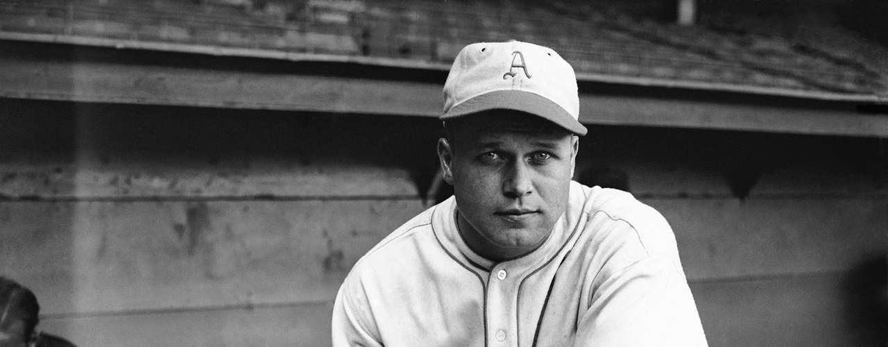 In what was a unique occurrence, the American League also had a Triple Crown winner the same year, as Jimmie Foxx hit .356, bashed 48 HR and had 163 RBI.