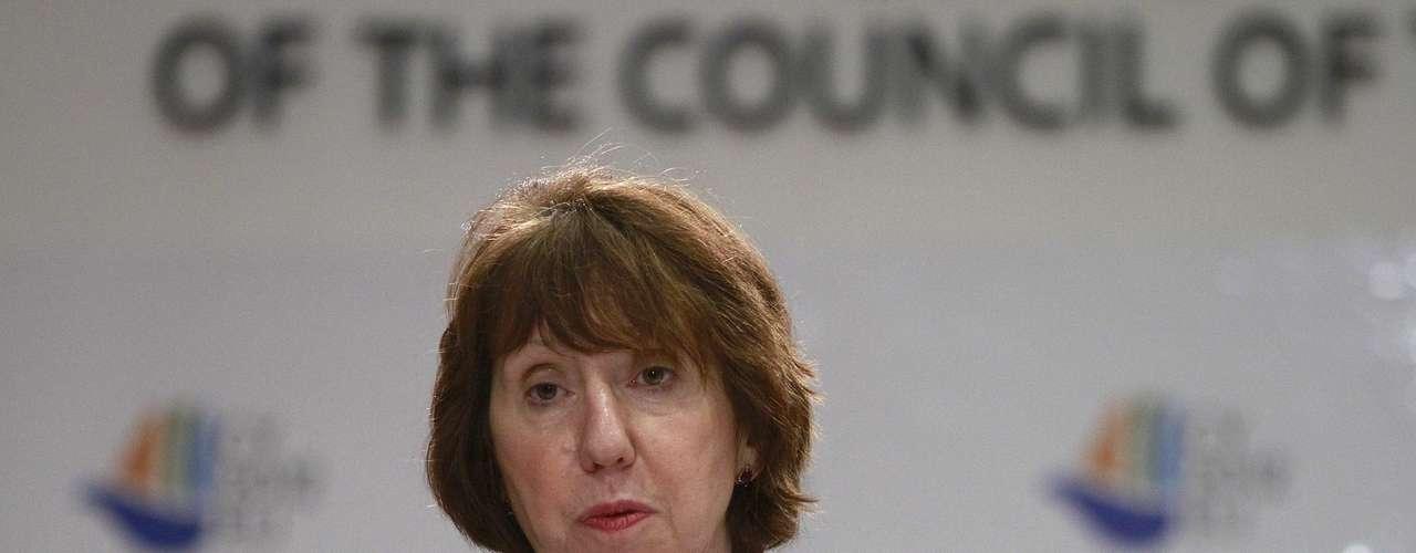 La representante de la Unión Europea para las Relaciones Exteriores, Catherine Ashton, pidió al presidente Chávez que aproveche su nuevo mandato para \