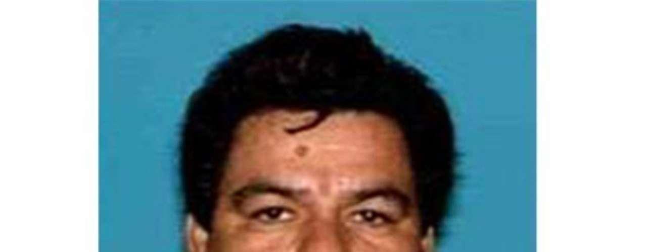05-nov-2010.- En Matamoros, el ejército da muerte a Ezequiel Cárdenas Guillén,'Tony Tormenta', líder del cártel del Golfo.