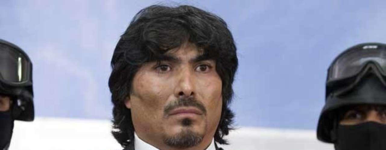 21-abr-2010.- José Gerardo Álvarez Vázquez, El Indio o El Chayán, uno de los principales operadores del cártel de los Beltrán Leyva, fue capturado el por el Ejército tras un enfrentamiento en Bosques de La Herradura, en Huixquilucan.