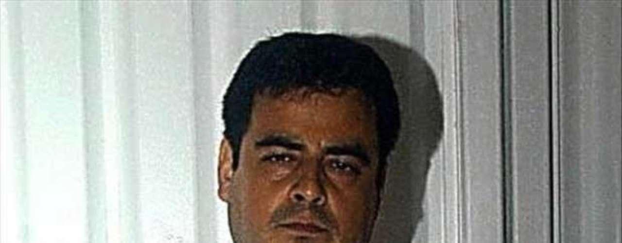 03-ene-2010.- Elementos de la Policía Federal detuvieron en Culiacán, Sinaloa, a Carlos Beltrán Leyva, hermano de Arturo Beltrán Leyva alias 'El Barbas', fallecido el 16 de diciembre pasado.