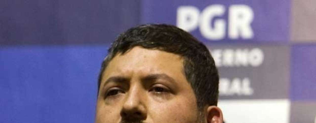 24-mar-2009.- En un operativo militar sin disparos realizado en Monterrey, fue capturado Héctor Huerta Ríos, conocido como 'La Burra' o 'El Junior', operador del cártel de los hermanos Beltrán Leyva y por quien la Procuraduría General de la República (PGR) ofreció una recompensa de 15 millones de pesos.