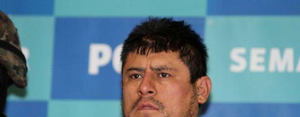 13 de diciembre del 2011.- Marinos presentaron a Raúl Lucio Hernández Lechuga, \