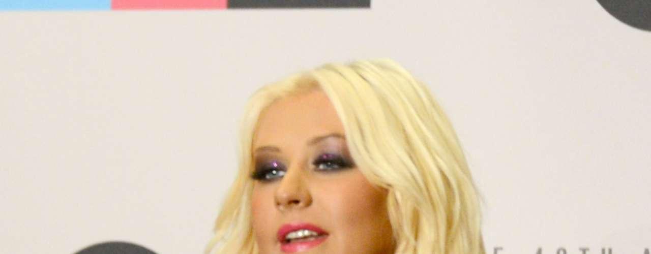 Shakira, Don Omar y Pitbull son los candidatos a \
