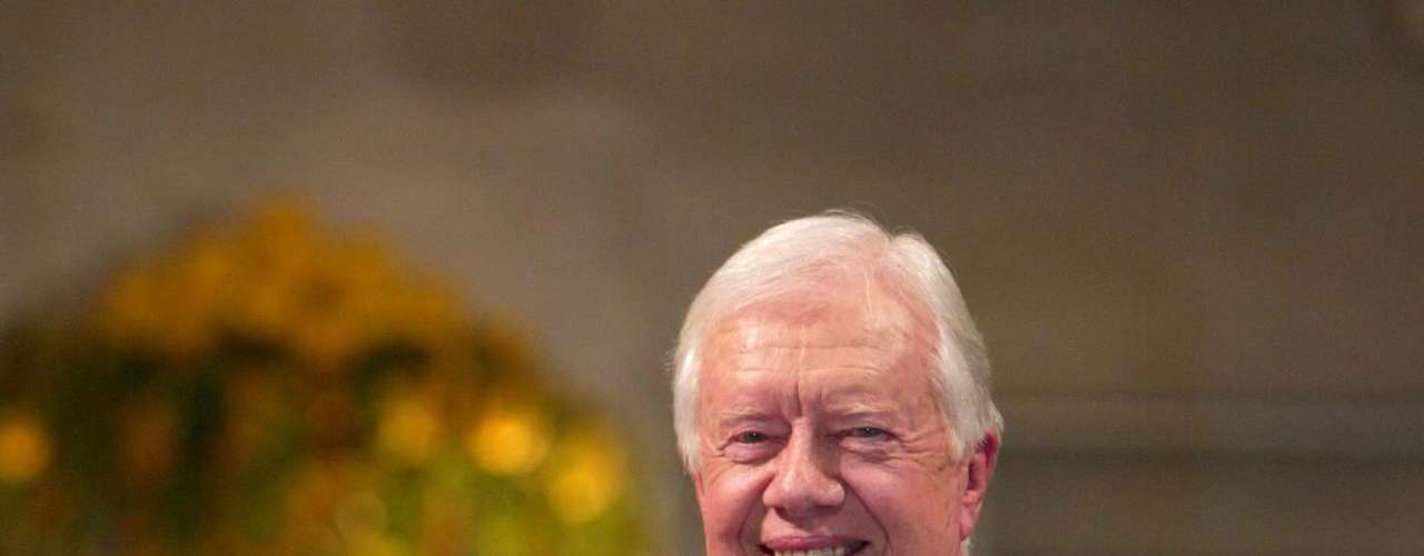 2002: Jimmy Carter, Estados Unidos, \