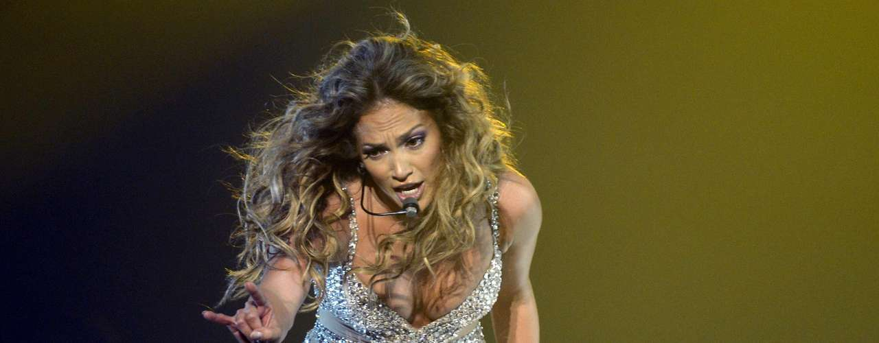 Por Europa, Jennifer López, demuestra su dominio escénico y su renacimiento artístico, tras la publicación de los álbumes \