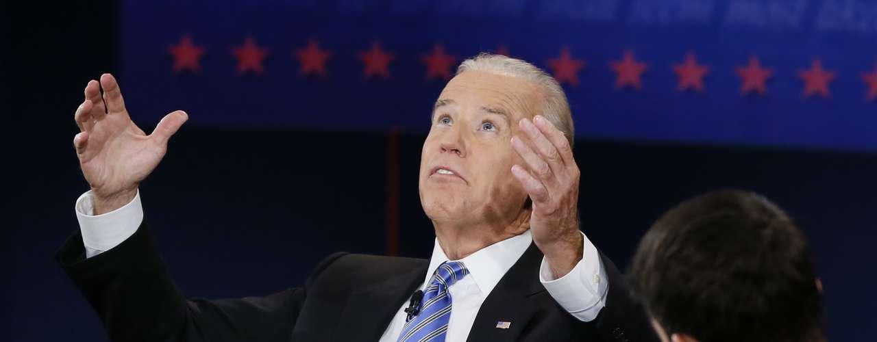 Y Biden no se quedó callado al respecto, en insistió en que el plan de Ryan le quitará beneficios a la gente.
