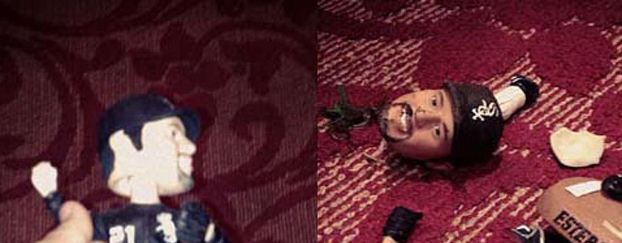 El 12 de octubre de 2012, Johnny, el hijo menor de Jenni Rivera, causó controversia en Twitter al publicar un par de imágenes con una figura destrozada de Esteban Loaiza. La cantante defendió la acción de su hijo escribiendo: \