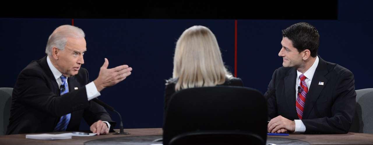 Ryan tiró esta perlita: 'A veces decimos cosas que nos salen de la boca sin saber, y usted lo sabe muy bien', dijo en referencia a las metidas de para de Biden. El vicepresidente respondió: 'Yo siempre digo lo que pienso'.