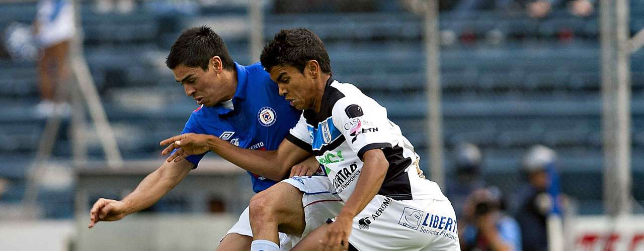 Cruz Azul slowed down at times, allowing Queretaro to gain momentum.