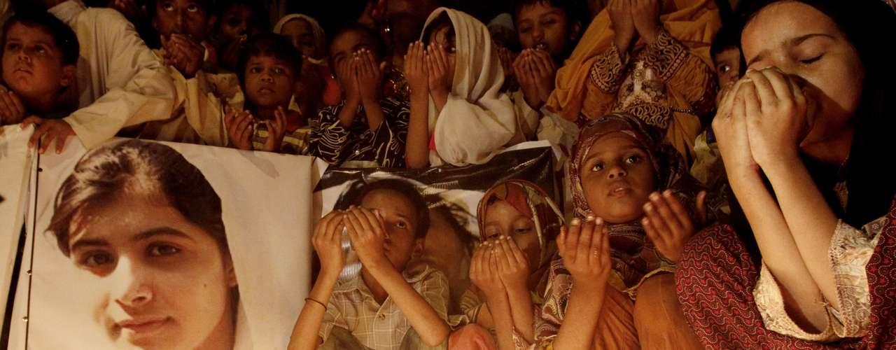 Los talibanes reconocieron que trataron de matar a la niña por ignorar sus advertencias de que cesara en su campaña en favor de la educación femenina. Aunque, las leyes tribales prohíben matar a las mujeres.