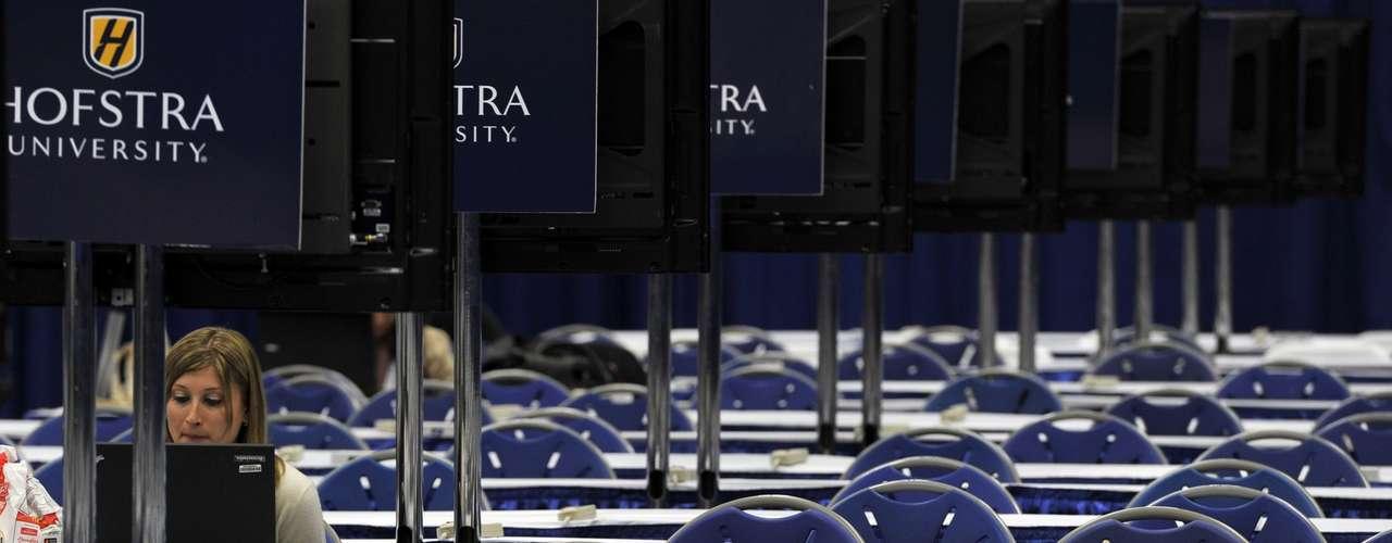 El último debate tendrá lugar el lunes 22 de octubre en Boca Raton, Florida, y se centrará en la política exterior. (Fuente: Reuters)