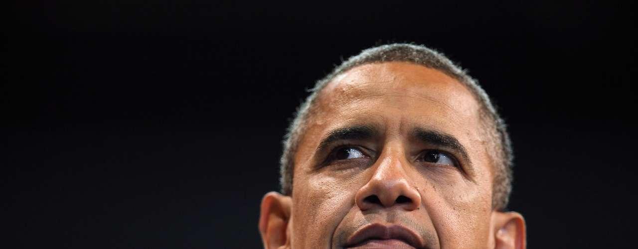 Por el lado del presidente, Obama tiene varias 'perlas' en su haber. Como por ejemplo, que Romney bajará los impuestos de lor ricos y que los subirá para la clase media. Obama especula con este dicho ya que Romney no ha sido claro en cómo cubrirá los beneficios tributarios para todos los ciudadanos. Por lo que es solo una especulación.