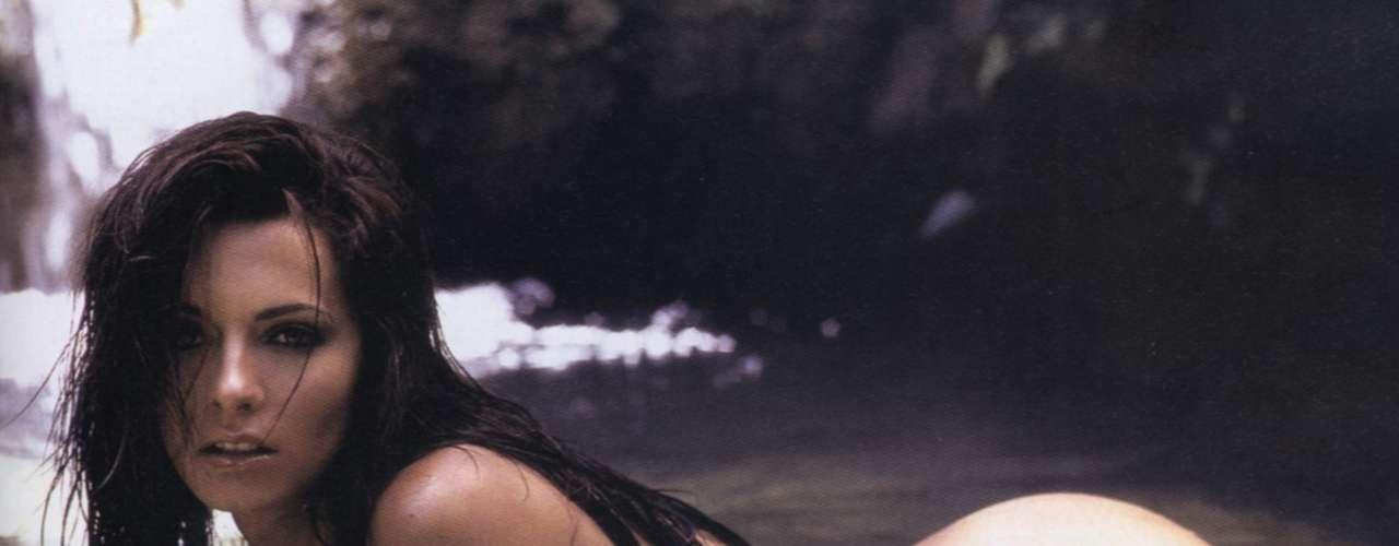 La modelo y actriz argentina Cecilia Galliano debutó en la televisión mexicana como 'Afrodita', la musa de Brozo durante su participación en la cobertura de los Juegos Olímpicos de Atenas en el 2004. La exesposa de Sebastián Rulli es quien mejor suerte ha tenido en su carrera después acompañar a Víctor Trujillo en la emisión.