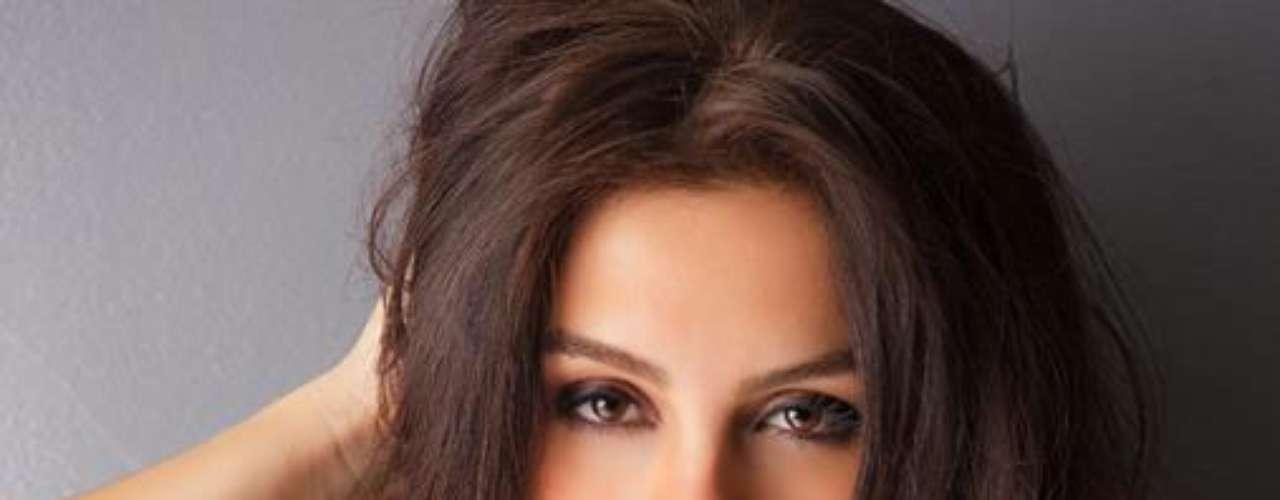 Miss Brasil - Gabriela Markus. Nació en Teutônia el 20 de febrero de 1988 Tiene estudios en ingeniería de alimentos. Mide 1.80 metros de estatura. Tiene el cabello castaño y los ojos color café.
