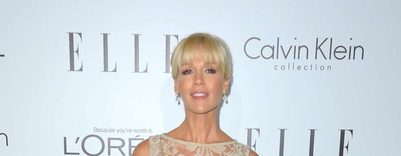 Jennie Garth's age is showing. The 'Beverly Hills 90210' still managed to look classy for the Elle event.